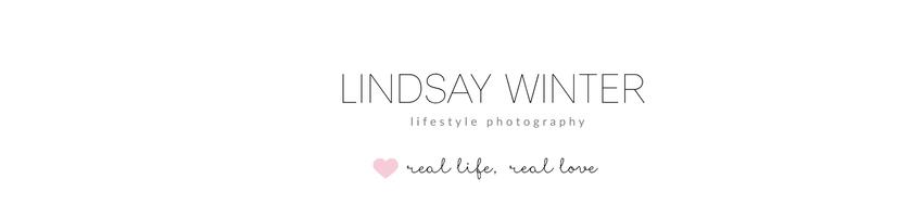 Lindsay Winter- Your  Winnipeg  Family + Natural Newborn Photographer logo